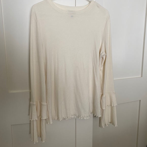 Who What Wear Tiered Long Sleeve Ruffle Ribbed Tee